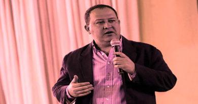 """Interventor de Invest-H que dijo que hospitales móviles eran """"de primer nivel"""" es llevado a México por Covid-19"""