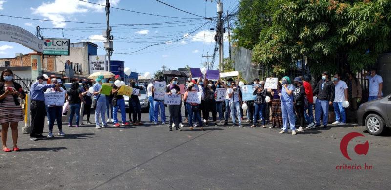 Condena por represión policial