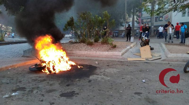 Protestas por homicidio de estudiante