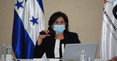"""""""El Partido Nacional está presionando para que no se corrijan los errores electorales"""": Rixi Moncada"""
