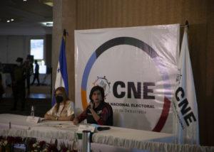 CNE debe inhabilitar a candidatos