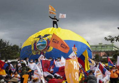 Ecuador, modelo para rearmar