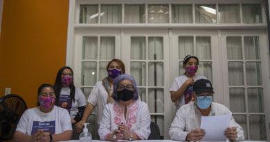 familia de la enfermera Keyla Patricia Martínez