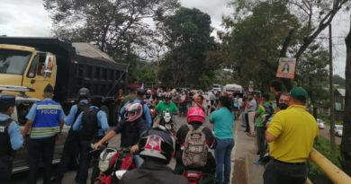 Ceibeños exigen salida de Juan Hernández de la presidencia de Honduras