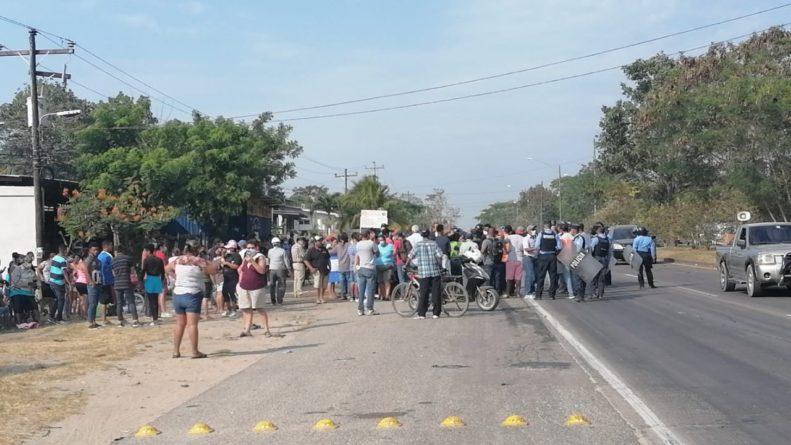 Pobladores de Baracoa protestan