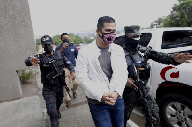 urgen sentencia contra David Castillo
