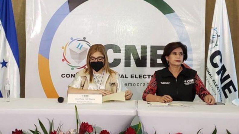 CNE firma convenio para el TREP